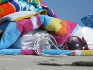 benefits of microfiber beach towels